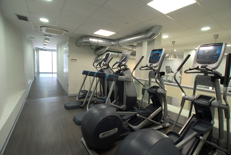 Infinit fitness santa engracia for Gimnasio 24 horas